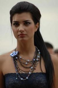 توبا أفضل ممثلة تركية